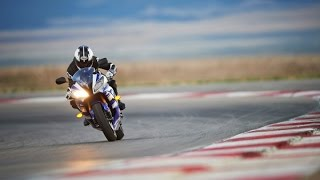 2015 yamaha yzf r6 review