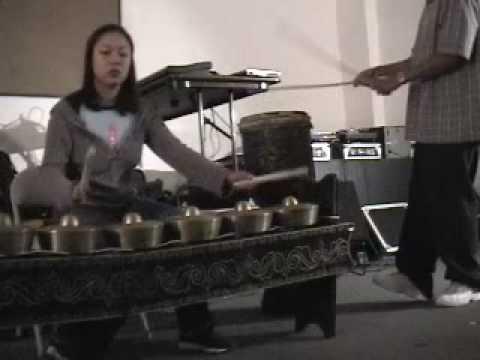Kulintang Techno Jam at Sipa 2002