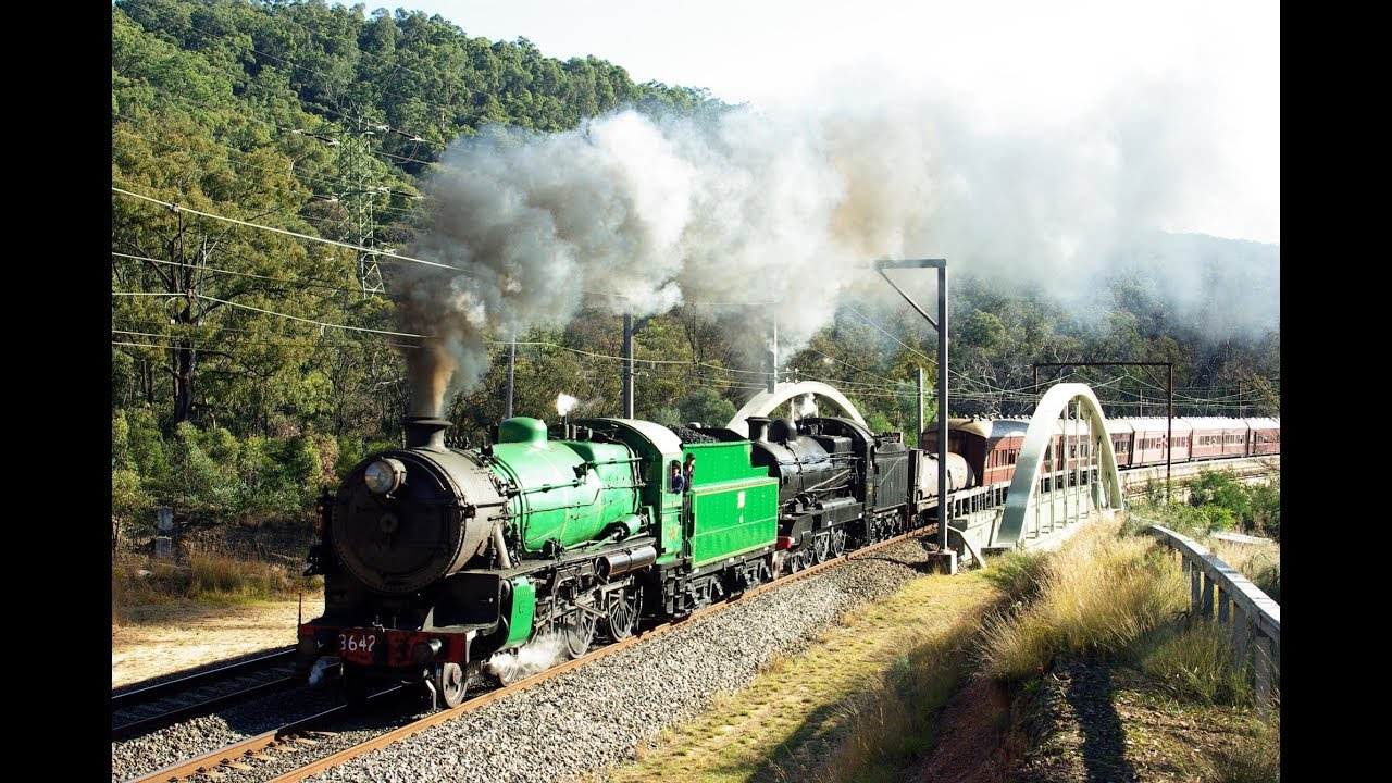 3642 & 3526 - Blue Mountains tour - May 2008