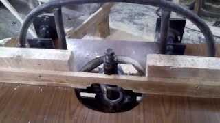Самодельный фрезерный станок.(видео второго станка, выложу сразу как да делаю,)))))) вал толшина 32 мм, подъем стола от 0мм до 200мм, размеры..., 2014-02-12T19:39:19.000Z)