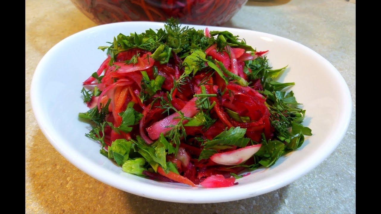 Новогодний стол овощные салаты