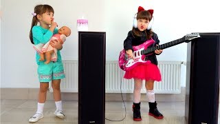 Ksysha VS Ksenia Neighbor Pretend Play Disco for Kids