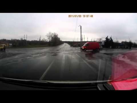 ЖЕСТЬ! Расстрел машины в Славянске