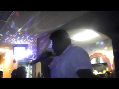 Concurso de Karaoke Los Arcos de Palatine