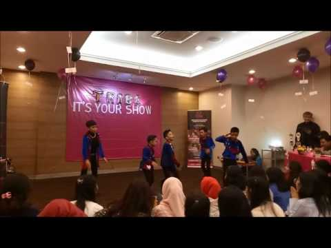 170723 SKYNeekids - Photograph, Replay & Sherlock at Jakarta Design Center