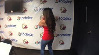 Ella es @DianaHiguitaO bailando para el cumple de Daddy Yankee