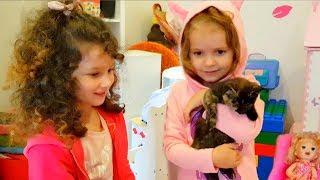 МИСС Кейти и её КОТЯТА Катя посадила котенка в душ! Мама в шоке) Мисс Кейти и Алис победили МОНСТРА!