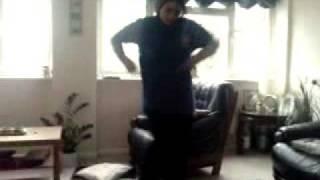 Aliye Dancing
