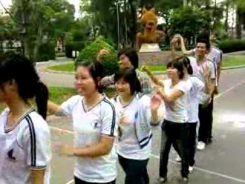 2 ban tay xinh-lop sinh hoc 10shh1- Tao Dan park 6.mp4