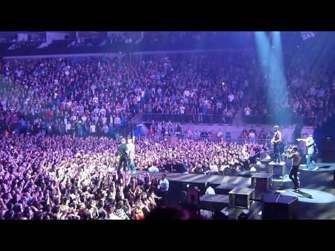 Linkin Park - The Hunting Party Tour - Encore set (24 November 2014, O2 Arena - London)