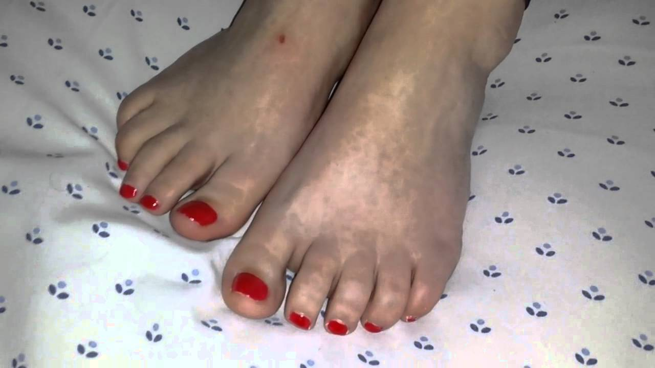 My Wifes Feet Close Up 2 - Youtube-5423