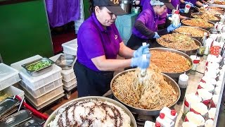 Thai Street Food. Most Massive Dose of Thai Noodles Ever Seen