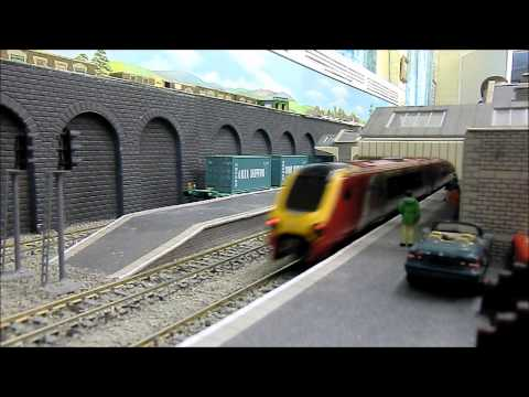 One House Model Railway Video 2zx