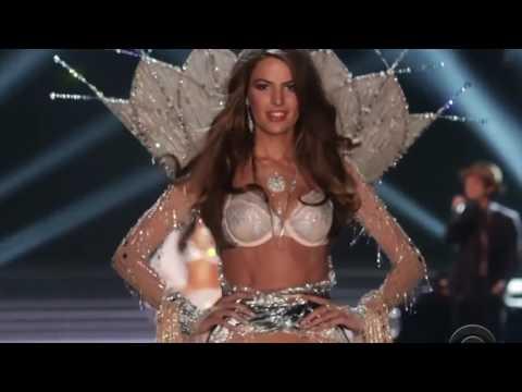 Bruno Mars-Young Girls (Live At Victoria's Secret Fashion Show 2012) Ultra HD 4K