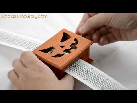Halloween pumpkin - The Addams Family Theme song cover music box