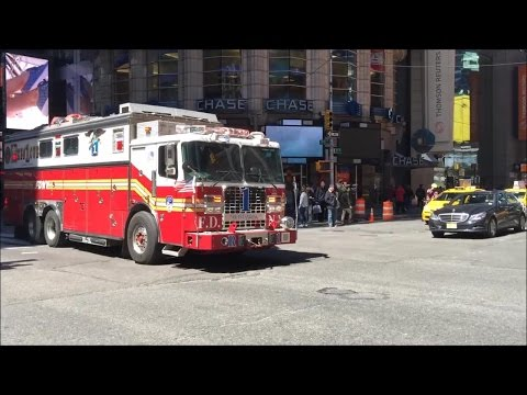 Happy National 10-26 Day(Thanksgiving) FDNY Fire Trucks Responding Blasting Their Sirens & Air Horns