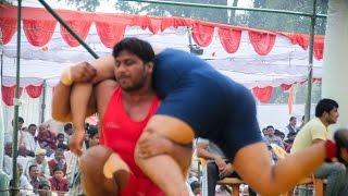 Sr National 2014  Birju in Red vs Joginder in blue  00275