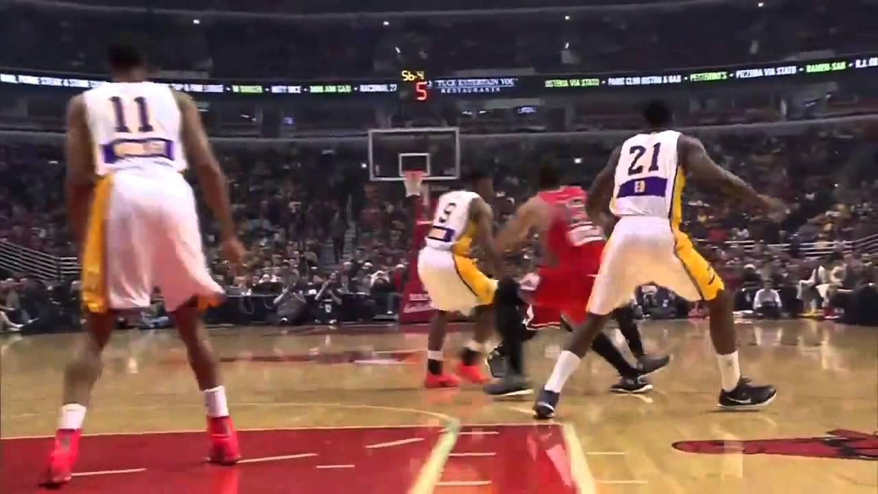 Derrick Rose Floater Lakers vs Bulls December 25, 2014 NBA ...