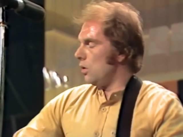 van-morrison-and-it-stoned-me-6-18-1980-montreux-official-van-morrison-on-mv