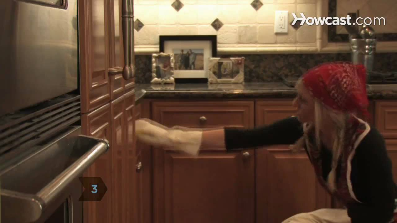 how to clean and sanitize the kitchen