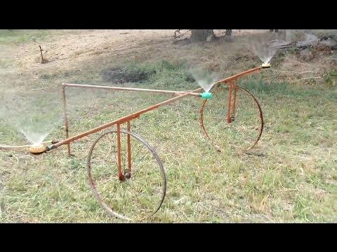 видео: Эффективный полив огорода самодельным устройством типа фрегат