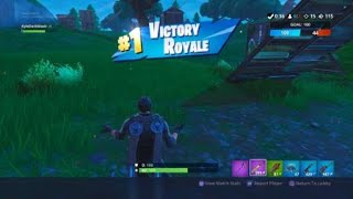 14 kills with the two best combo. Fortnite TDM.