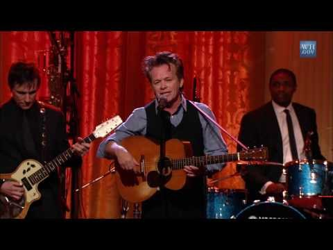 "John Mellencamp Performs ""Keep Your Eyes on the Prize"" 