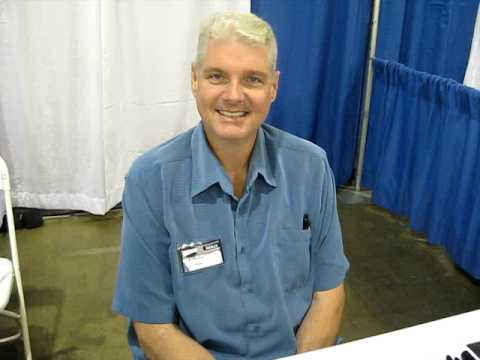 Tom Kane voices