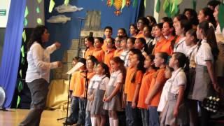 Que bonita es esta vida - Coro IDEO y Colegio Guadalajara