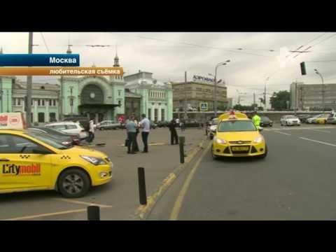 В Москве таксисты...