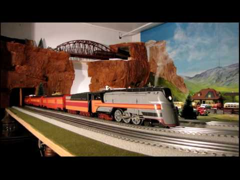 MTH Hiawatha and Company.wmv