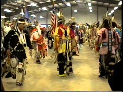 Native Circle Grand Entry 1997 Eyabay Singers Stillwater OK