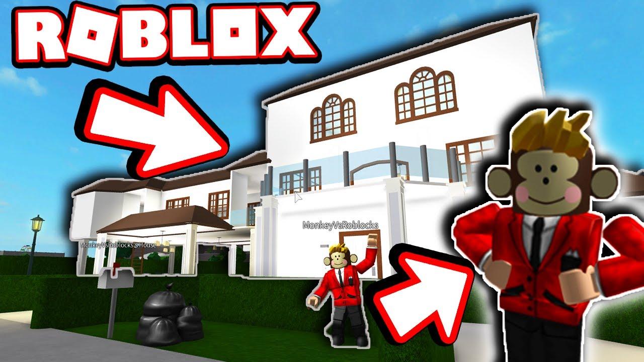 I TOURED HIS MANSION!! (Roblox Bloxburg) - YouTube