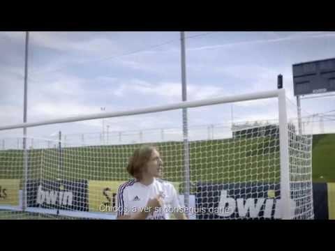 Bale, Modric, Benzema & Jesé show off their amazing skills