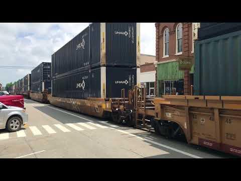 La Grange Kentucky Main Street Long Freight Train 20180519