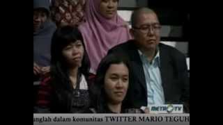 (2/7) When In Love, No Body Is Smart - Mario Teguh Golden Ways.m4v
