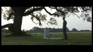 Forrest Gump en la tumba de Jenny