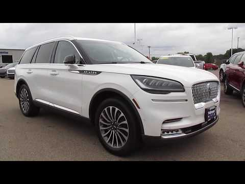 2020 Lincoln Aviator Walk Around Review - How does it compare to the Ford Explorer Platinum?