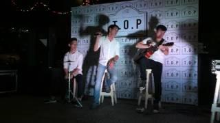 (Acoustic cover) Radio - Hà Anh Tuấn by Trần Phương, Thành Lộc at The TOP