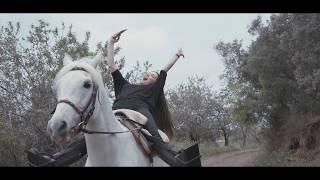 Sena Çakır Profesyonel At Binicilerine  Taş Çıkardı.) SenaÇakır