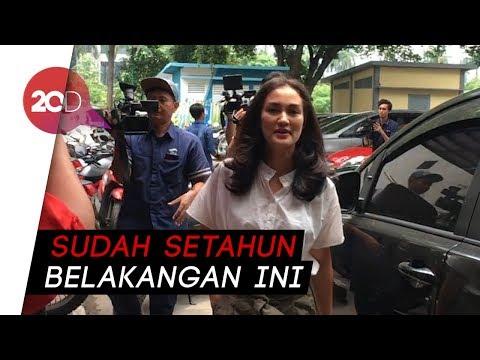 Atiqah Hasiholan Akui Ratna Sarumpaet Depresi Mp3