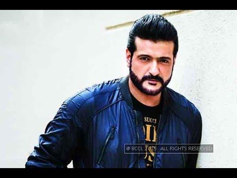 Bollywood warms up to Armaan Kohli post