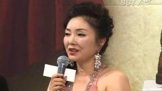 [SSTV] 이휘향, 파격드레스로 '시선집중'...'나이를 잊은 섹시함'