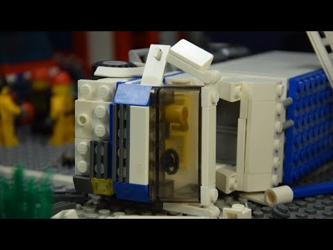 LEGO Highway Crash thumbnail