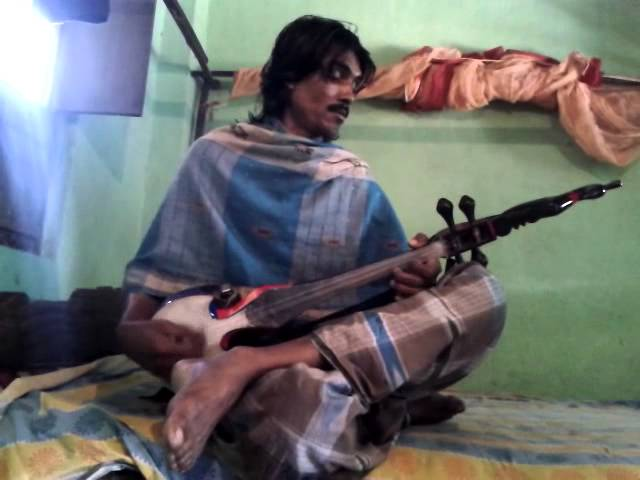 Amirul fakir playing an weasome folk Music on dotara