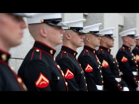 Hundreds Of Marines Flood Texas Hospital To Visit One Of Their Own - Newsy