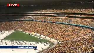 Blondie Makhene & Amaqabane - Lomhlaba Siwugezile at FNB stadium