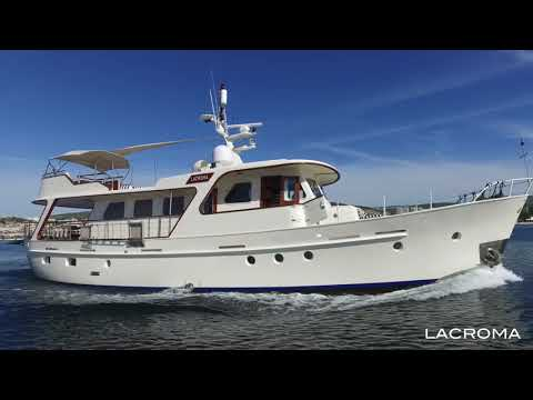 """Classic DeVries Yacht For Sale"" by breezeYachting.swiss"