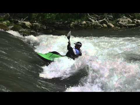 Splitwheel – tips and tricks for freestyle kayaking
