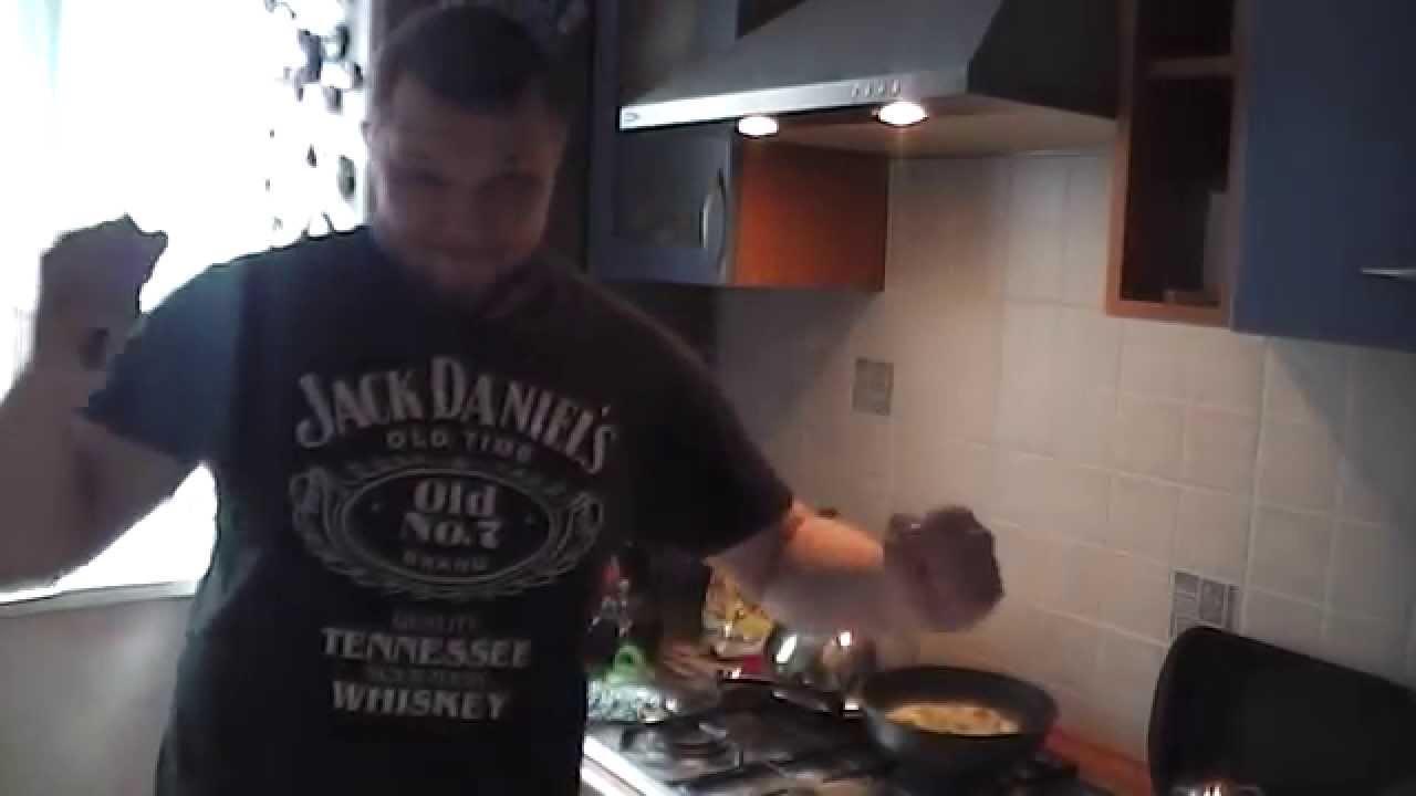 Кулинарное шоу Смирнова Степана.(Похмельный завтрак).часть 3.